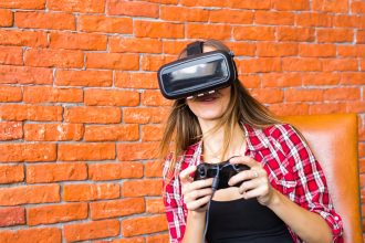 Video Game Woman - VR